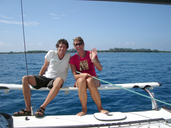 Utila_sail_with_dave_and_lisa