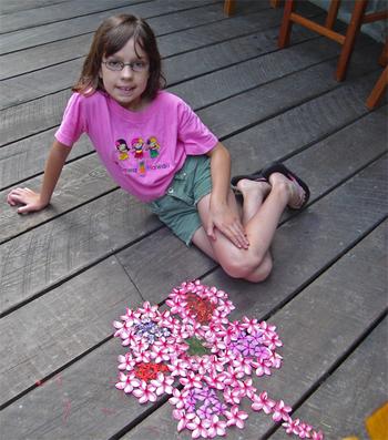 Alexandra_the_flower_girl